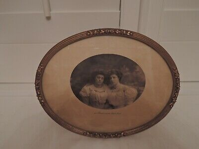"""Antique French Gilt Ormolu Brass Photo Frame 9"""" x 7"""" Oval Picture"""