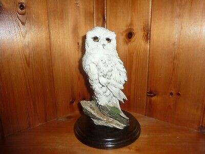 Very Nice Country Artists Snowy Owl On Wooden Plinth Perfect Condition No CA 134