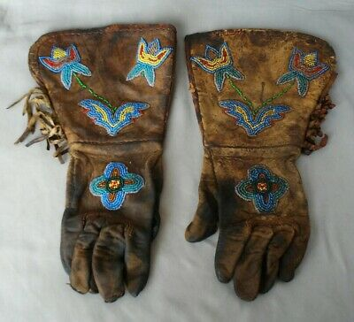 Antique 19th Century Native American Plains Plateau Indian Beaded Hide Gloves