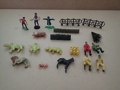 Mixed lot of vintage farm figures and animals    (Y149)