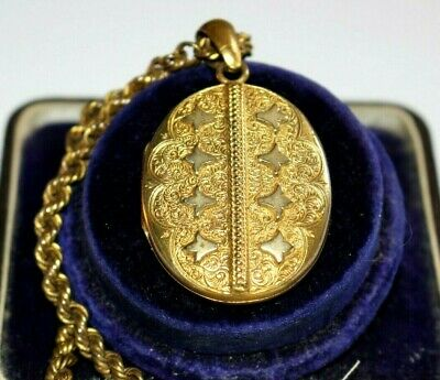 Beautiful Antique Victorian  Large Gold Plated Locket & Chain.