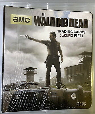 AMC Walking Dead Season 3 Part 1  Binder + Exclusive M28 Wardrobe Card Sealed