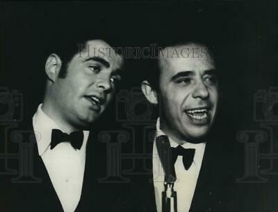 1968 Press Photo Johnnie D'Arc and Frank Busseri of The Four Lads group