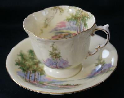 Aynsley Bluebell Time Scenic Quatrefoil Pale Yellow Tea Cup and Saucer Mint cond