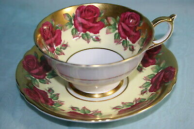 Gorgeous Vint Paragon bone china tea cup saucer-Large Roses on Pale Yellow/Gold