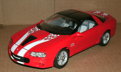 Chevrolet Camaro Ss 2002 Red WELLY 1:24 WE22424R Model
