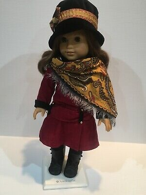 American Girl Doll Rebecca In Very Good Condition In Meet Outfit Scarf Hat Stand