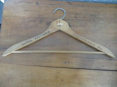 Hotel Sylvania ,philadelphia Pa. Antique Wooden Advertising Clothes Hager