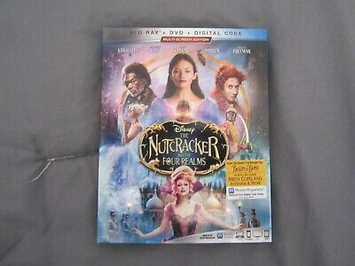The Nutcracker and the Four Realms (Blu-ray/DVD, 2019, 2-Disc Set, Includes Digi