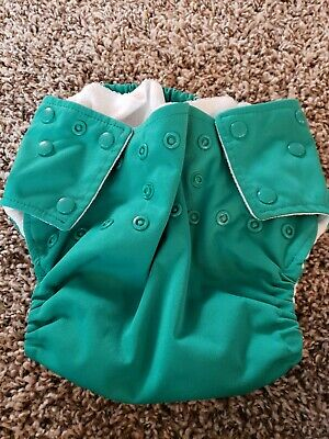 Mommy's Touch Cloth Diaper Cover One Size . Green. Made in USA. Snaps.