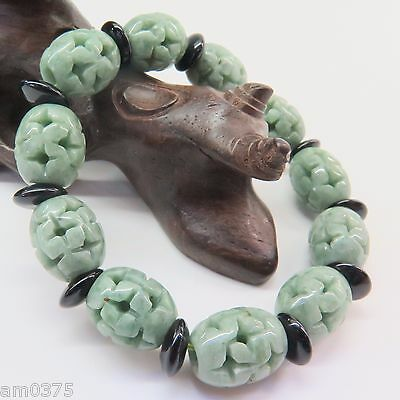 New Fine 13mm Green Jadeite Jade Beads Bracelet Lucky Carved Bead &Black Piece