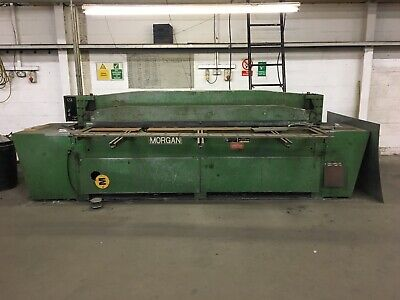 Morgan powered guillotine 2.5m X 3mm