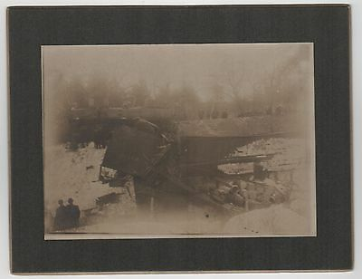 1880s TRAIN ACCIDENT CABINET PHOTOGRAPH Photo RR Wreck CRASH Railway REAL