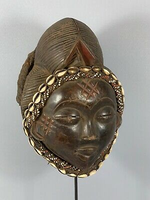181028 - Tribal used Old African female mask from the Punu with Cap - Gabon.