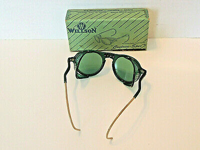 79541e48058a5 Vintage Rare Willson Contour-Spec Hinged Green Safety Protective Goggles w   Box
