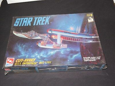 STAR TREK U.S.S. ENTERPRISE CUT AWAY MODEL SEALED AMT-Ertl Model 1/650