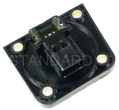 Standard Motor Products PC672 Camshaft Sensor