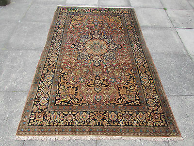 Fine Antique Hand Made Traditional Persian Rug Oriental Wool Red Rug 212x137cm