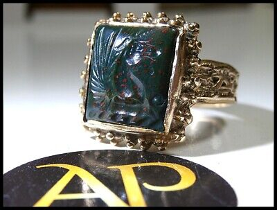 Antique Georgian 18 – 20Crt Gold Intaglio Magi Ring – Bloodstone Winged Unicorn