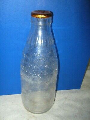 Vintage Dairy Farmers Milk Cooperative Embossed 1 Pt Gold Foil Top Milk Bottle