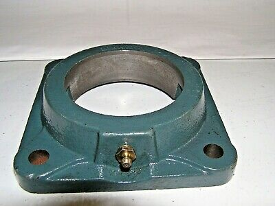 *New* Dodge-Baldor (124066) 4-Bolt Flange Housing Hs-F4B-Sc-210 Cstg