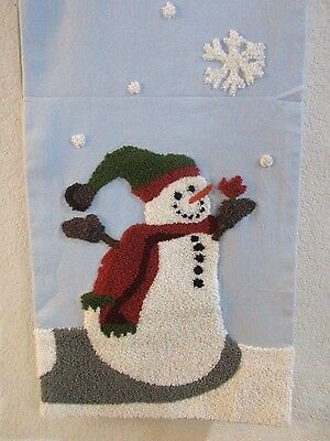 HOLIDAY CHRISTMAS SNOWMAN Snowflake Placemats Table Cloth Runner Red