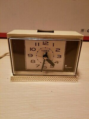 Vintage Timex Electric Alarm Clock model 7365 in working condition