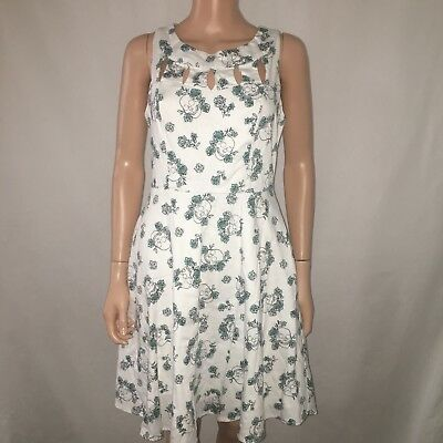 078852db06c HOT TOPIC SKULL and Roses Spaghetti Strap Dress -  17.00
