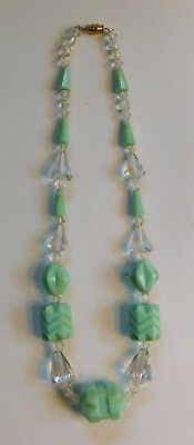 Vintage Pale Green Jadeite Art Deco Glass Beads Necklace A50