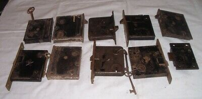 7 ANTIQUE VICTORIAN CAST &  BRASS FACE DOOR RIM of MORTISE LOCK 1864-1870 w/keys