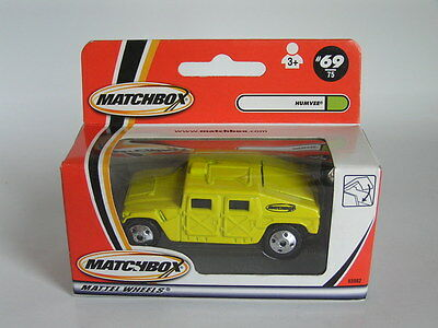 Matchbox 2000/01 #69 Humvee Hummer In Yellow Mib