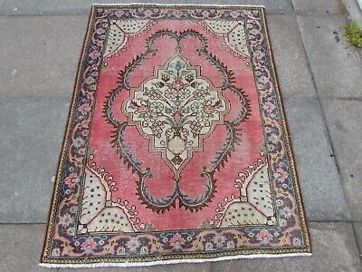 Shabby Chic Old Traditional Hand Made Persian Oriental Pink Wool Rug 138x107cm