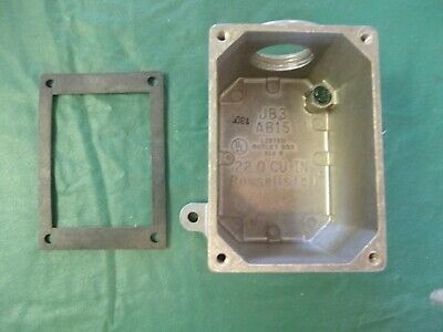 New in Box--Russellstoll--Thomas & Betts JB3-B100 Junction Box AB15 w/ Gasket