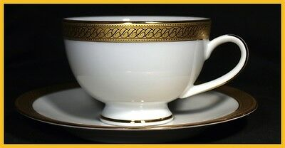 Boots Imperial Gold Tea Cups & Saucers - In New Unused Condition !