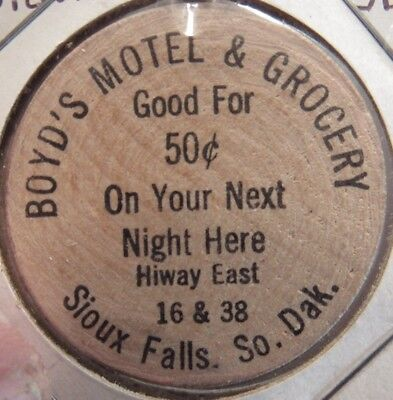 Vintage Boyds Motel & Grocery Sioux Falls, SD Wooden Nickel - Token South Dakota