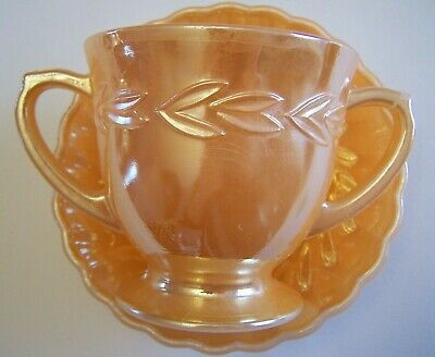 Vintage Fire King glass Laurel Sugar bowl with dessert dish Peach Lustre