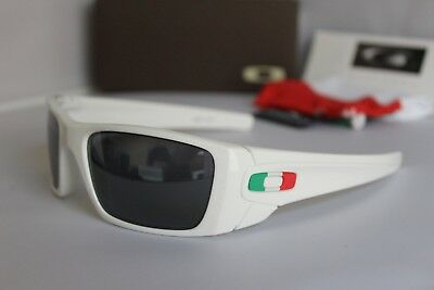 246daecc2f New Oakley Fuel Cell Italy Country Flag Polished White/Black Sunglasses