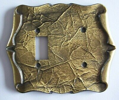 Vintage Brass Amerock Carriage House Razor Plate Cover