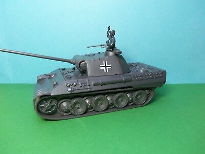 Airfix compatible 1/32 scale German Panther Tank (grey)