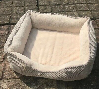 "Dog Or Cat Bed Small 17 "" X13"""
