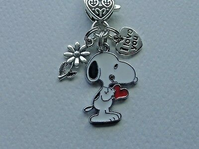 SNOOPY HUGGING WOODSTOCK SILVER TONE BAG PURSE CHARM KEY CHAIN RING CLIP FOB  A1