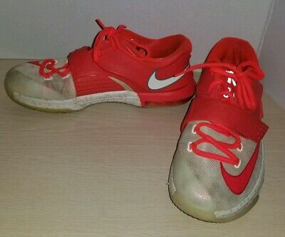 new arrival fbd56 1d0e5 Nike KD 7 Egg Nog Christmas GS Boys Youth Basketball Shoes Size 6Y White Red