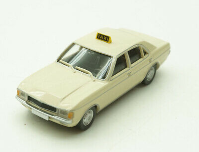1:87 - WIKING - FORD...Taxi  / 2 V 909