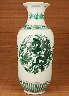 Rare Exquisite Chinese Blue And White Porcelain Hand Painting Dragon Vase deco