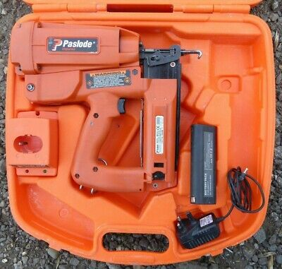 Paslode IM250 II Second Fix Straight Nail Brad Gun