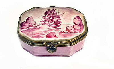 Antique Hand Painted Dutch? Faience Box, Hinged Lid & Shell Clasp