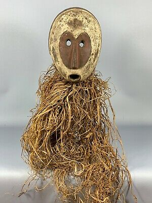190443 - Old & Tribal used African Mask from the Fang with Raffia - Gabon.