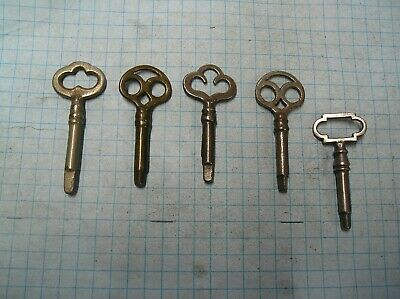5  Sewing Machine Keys - 4 Triangle - 1 Square