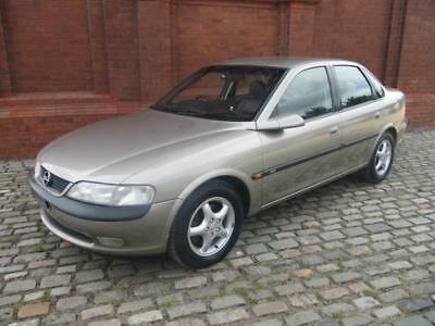 VAUXHALL OPEL VECTRA 2.5i V6 CDX AUTO * LEATHER * AIR CON * ONLY 14000 MILES