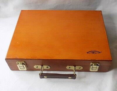 Winsor & Newton Wooden Artists Box With Fitted Mixing Palette. Brass Fittings